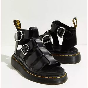 NWT Dr Martens Air Wair Mackaye Sandals Black Size 7 Chunky Iconic